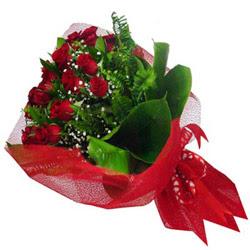 Gümüşhane çiçek , çiçekçi , çiçekçilik  12 adet kirmizi essiz gül buketi - SEVENE ÖZEL