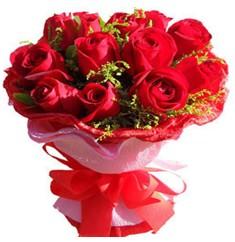 9 adet kirmizi güllerden kipkirmizi buket  Gümüşhane çiçek servisi , çiçekçi adresleri