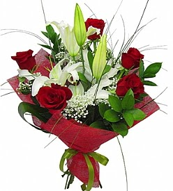 1 dal kazablanka 5 kırmızı gül buketi  Gümüşhane çiçek , çiçekçi , çiçekçilik