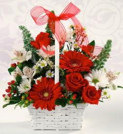 Karışık rengarenk mevsim çiçek sepeti  Gümüşhane çiçek mağazası , çiçekçi adresleri