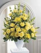 Gümüşhane hediye sevgilime hediye çiçek  sari güllerden sebboy tanzim çiçek siparisi