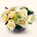 Gümüşhane ucuz çiçek gönder  9 adet sari gül cam yada mika vazo da  Gümüşhane internetten çiçek satışı