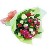12 adet renkli gül buketi   Gümüşhane çiçekçiler