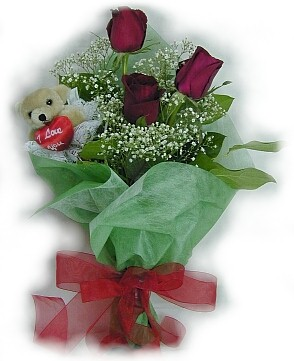 3 adet gül ve küçük ayicik buketi  Gümüşhane yurtiçi ve yurtdışı çiçek siparişi