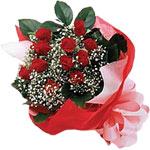 Gümüşhane çiçek online çiçek siparişi  KIRMIZI AMBALAJ BUKETINDE 12 ADET GÜL
