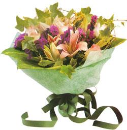karisik mevsim buketi anneler günü ve sevilenlere  Gümüşhane anneler günü çiçek yolla