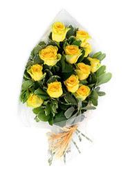 Gümüşhane ucuz çiçek gönder  12 li sari gül buketi.