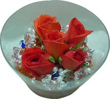 Gümüşhane İnternetten çiçek siparişi  5 adet gül ve cam tanzimde çiçekler