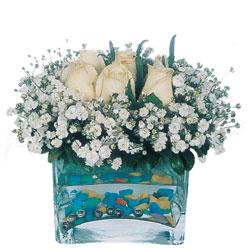 Gümüşhane anneler günü çiçek yolla  mika yada cam içerisinde 7 adet beyaz gül