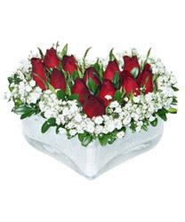 Gümüşhane çiçek mağazası , çiçekçi adresleri  mika kalp içerisinde 9 adet kirmizi gül