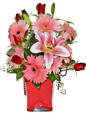 Gümüşhane yurtiçi ve yurtdışı çiçek siparişi  karisik cam yada mika vazoda mevsim çiçekleri mevsim demeti