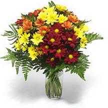 Gümüşhane hediye sevgilime hediye çiçek  Karisik çiçeklerden mevsim vazosu