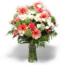 Gümüşhane çiçek servisi , çiçekçi adresleri  cam yada mika vazo içerisinde karisik demet çiçegi