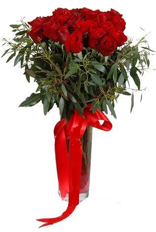 15 adet kirmizi gül cam vazo içerisinde  Gümüşhane çiçek online çiçek siparişi