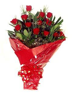 12 adet kirmizi gül buketi  Gümüşhane çiçek servisi , çiçekçi adresleri