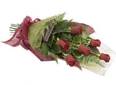 ucuz çiçek siparisi 6 adet kirmizi gül buket  Gümüşhane hediye sevgilime hediye çiçek