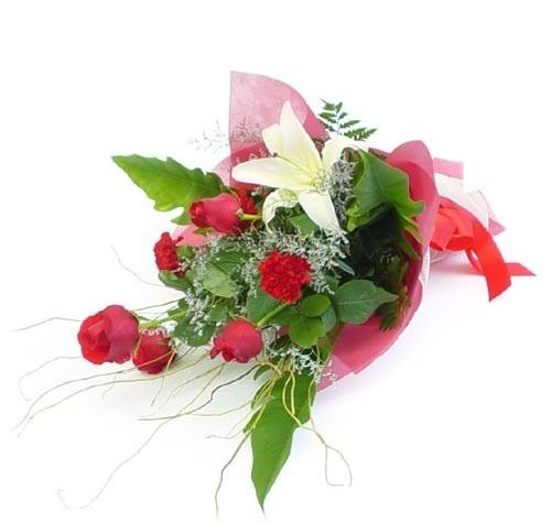 Mevsim çiçeklerinden karisik buket  Gümüşhane yurtiçi ve yurtdışı çiçek siparişi
