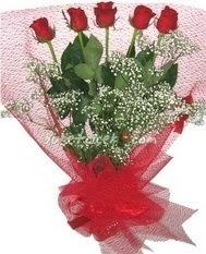5 adet kirmizi gülden buket tanzimi  Gümüşhane internetten çiçek siparişi