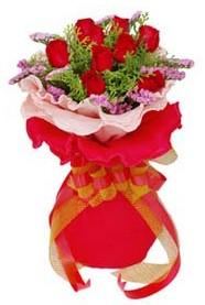 Gümüşhane online çiçekçi , çiçek siparişi  8 Adet kirmizi güllerden buket tanzimi