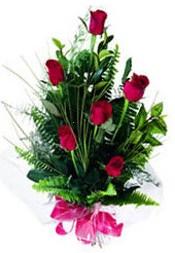 Gümüşhane ucuz çiçek gönder  5 adet kirmizi gül buketi hediye ürünü