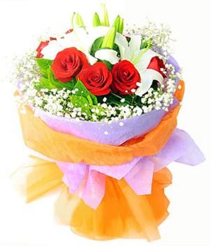 Gümüşhane çiçekçiler  1 dal kazablanka 7 adet kırmızı gül buketi
