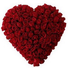 Gümüşhane anneler günü çiçek yolla  muhteşem kırmızı güllerden kalp çiçeği
