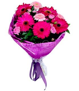 Gümüşhane hediye sevgilime hediye çiçek  karışık gerbera çiçeği buketi