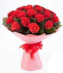 15 adet kırmızı gülden buket tanzimi  Gümüşhane hediye sevgilime hediye çiçek