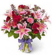Vazo içerisinde karışık mevsim çiçeği  Gümüşhane hediye sevgilime hediye çiçek