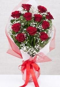 11 kırmızı gülden buket çiçeği  Gümüşhane İnternetten çiçek siparişi