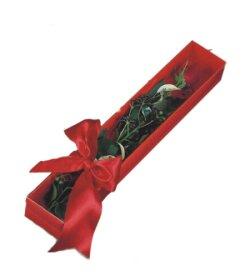 Gümüşhane çiçek gönderme  tek kutu gül sade ve sik