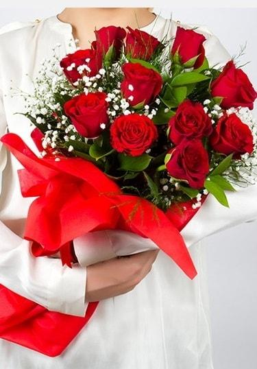 Aşk Gülleri 11 Adet kırmızı gül buketi  Gümüşhane online çiçek gönderme sipariş