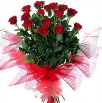 15 adet kırmızı gül buketi  Gümüşhane yurtiçi ve yurtdışı çiçek siparişi