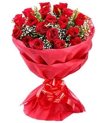 21 adet kırmızı gülden modern buket  Gümüşhane çiçek siparişi vermek
