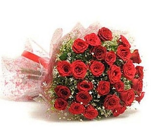 27 Adet kırmızı gül buketi  Gümüşhane uluslararası çiçek gönderme